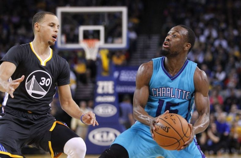 stephen-curry-kemba-walker-nba-charlotte-hornets-golden-state-warriors-850x560