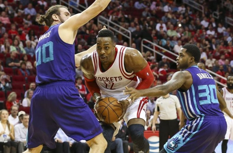 dwight-howard-spencer-hawes-troy-daniels-nba-charlotte-hornets-houston-rockets-850x560